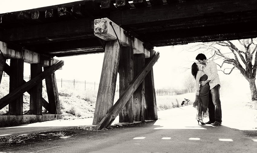 bridge_kiss