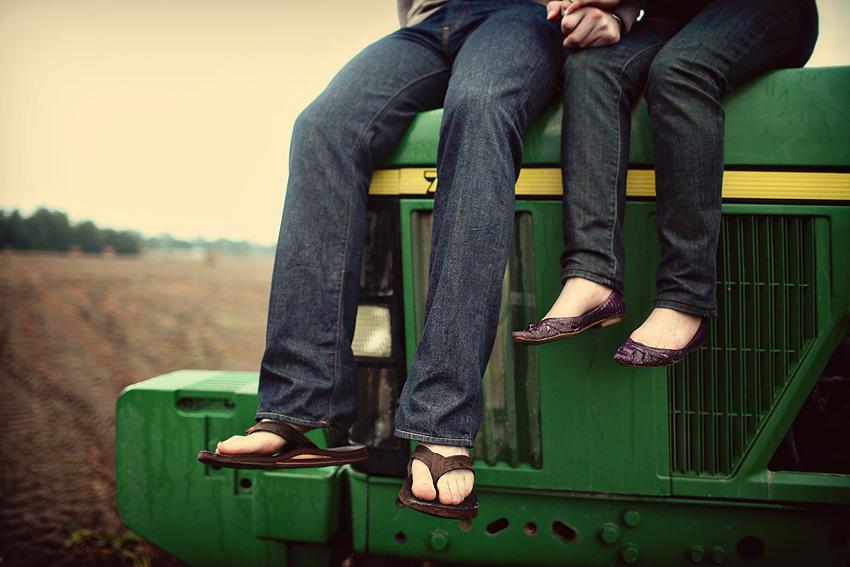e_j_tractor_feet